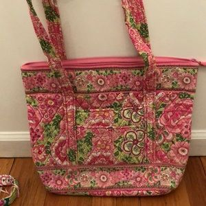 NWOT Vera Bradley green and pink Villager tote.
